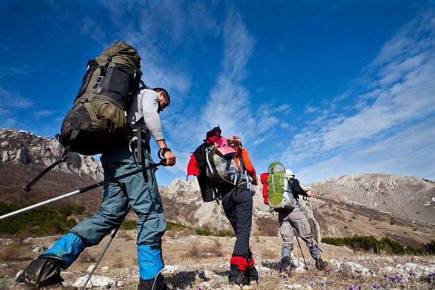 همایش کوهپیمایی خانوادگی صعود به ارتفاعات دارآباد تهران جمعه ۷ خرداد ماه