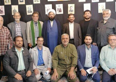 نشست فوقالعاده کانون مادحین جنوبشرق تهران؛ کریمی: مشارکت پرشور در انتخابات وظیفه شرعی است